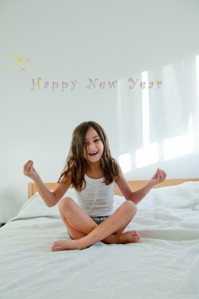 "Happy New Yaer שנה טובה, התשע""ג"